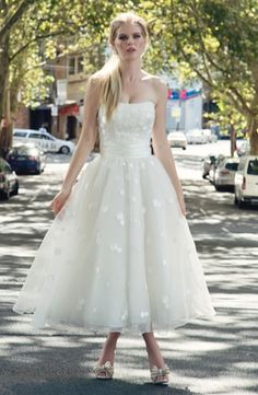Henry Roth - Strapless Tea Length Gown in Organza  Idea shopping at Kleinfeld- I can't stomach shelling out their prices on a dress, but they sure are pretty!