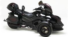 Can-Am Spyder ST with Corbin Trunkbox