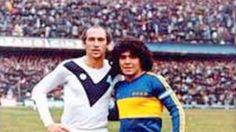 Carlos Bianchi y Diego Maradona en su época de jugadores.