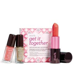 Limited Edition - while supplies last!Relax. Matching your lips with your tips is supereasy with this set—we've paired up the shades for you! Start with lipclick in coral fixation. Then align your look with coordinating coral—or amp it up with go bolder gold. lipclick: 0.106 oz. net wt. trend mini nail lacquer: 0.09 fl . oz. each.