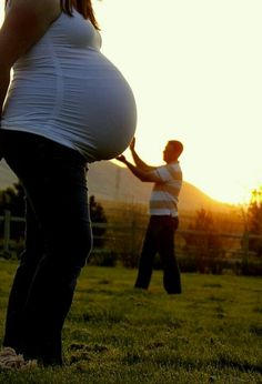 too cute! should have thought of this when i was prego!