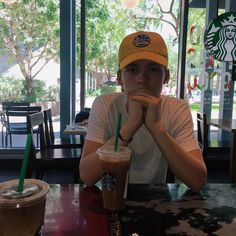 Starbucks date (not really, just getting out of the heat) New Hope Club, A New Hope, Blake Richardson, Reece Bibby, Corbyn Besson, Poses For Men, Dream Boy, Tumblr Fashion, White Boys