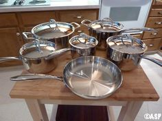 induction cooking - pots and pans // how to choose which pots are best for you and your kitchen Healthy Meats, Cooked Apples, New Fruit, Cooking Wine, Hacks, Kitchen Supplies, Meals For One, Food Preparation, Kitchen Gadgets