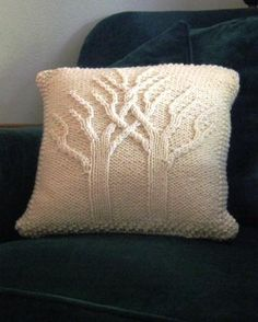 "Stricken I& used this pattern in an afghan ""Tree of Life"" that is made in one piece. Knitted Cushions, Knitted Afghans, Knitted Blankets, Knitting Patterns Free, Knit Patterns, Baby Knitting, Diy Pillows, Throw Pillows, Knit Pillow"