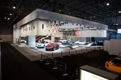 Lincoln defined its space at the 2013 New York International Auto Show with a partial wall perforated with a logo-inspired pattern, a featur... Photo: Courtesy of Lincoln