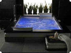 Jacuzzi Tub with Chromotherapy
