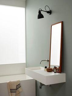Simple Minimalist Bathroom Remodel Ideas – Home Decor On a Budget Bathroom Mold In Bathroom, Small Bathroom, Bathroom Cabinets, Bathroom Storage, Budget Bathroom Remodel, Quirky Home Decor, Minimalist Bathroom, Contemporary Home Decor, Bathroom Interior