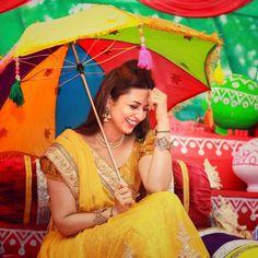 A Vibrant,Colorful Celebrity Wedding – Get Inspired from Divyanka Tripathi's Mehndi & Haldi Photographs Kurta Palazzo, Bollywood Wedding, Big Fat Indian Wedding, Wedding Story, Celebrity Weddings, Beautiful Actresses, Mehndi, Vibrant, Sari