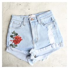 high waisted hot shorts with floral applique denim ❤ liked on Polyvore featuring shorts, high waisted floral shorts, high waisted stretch shorts, denim hot pants, denim shorts and hot pants