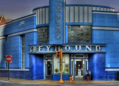The old art deco Greyhound Bus depot is no longer used. Art Nouveau, Balustrades, Greyhound Art, Streamline Moderne, Deco Blue, Art Deco Buildings, Art Deco Period, Art Deco Design, Old Art