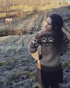 My norwegian paw print sweater is finished 😄 The sweater is listed in my Etsy shop🐾🐏 _ #fjordfolk #fjorfolkgenser #strikkegenser #strikktilsalgs #strikk #strikking #knit #knitters #knitting #knitting_inspiration #knittinginspiration #knittersofinstagram #knittersoftheworld #knittersofinstagram #knit #instaknit #strandedknitting #norwegianknitting #norwegiansweater #norskstrikk #norskull #strikkibruk #stricken Printer, Etsy Shop, Knitting, Lace, Sweaters, Inspiration, Instagram, Tops, Women