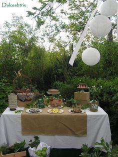 Mesa dulce en el campo