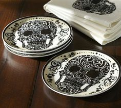 Day of the Dead plates and napkins.