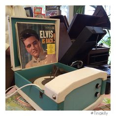 Elvis is back! Country House Hotels, Antique Fairs, Antiques, Antiquities, Antique