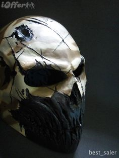 Sick airsoft mask  http://cdn102.iofferphoto.com/img3/item/470/621/206/coldbloodart-2-airsoft-paintball-mask-desert-camo-1609.jpg
