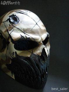 Sick airsoft mask  http://cdn102.iofferphoto.com/img3/item/470/621/206/coldbloodart-2-airsoft-paintball-mask-desert-camo-1609.jpg