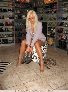 1000 bilder zu what 39 s in your shoe closet auf pinterest for Schuhschrank lady
