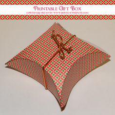 Free printable Christmas Gift Box- Curved Square