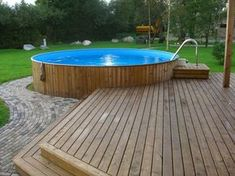 Pixel – Pool im Garten – – Rooftop Garden Above Ground Pool Landscaping, Above Ground Pool Decks, Above Ground Swimming Pools, In Ground Pools, Backyard Pool Designs, Backyard Patio, Oberirdische Pools, Lap Pools, Pool Deck Plans