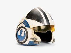 X-wing pilot helmet (TFA)