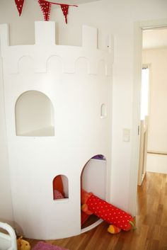 super cute idea - castle in a nursery/child's bedroom