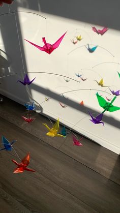 Rainbow Origami Crane Mobile, Rainbow Baby Mobile with Paper Cranes Clear colored origami cranes cast colored shadows on the wall. A unique gift that will amaze and delight everyone who sees it. nursery art, handmade art, home Origami Paper Crane, Origami Bird, Paper Crafts Origami, Paper Cranes, Origami Cranes, Origami Wall Art, Origami Dragon, Ciel Art, Mobile Art