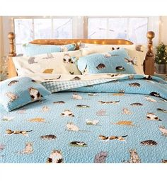 Curl up with a caboodle of kittens for sweet dreams! Our exclusive Kitten Caboodle Quilt Sets capture cats doing what they do best – napping, playing and just being cat-tastic!