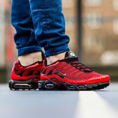 429ca0de9d7ff Nike Air Max Plus TN1 Love Hate Pack Nike Air Max Tn