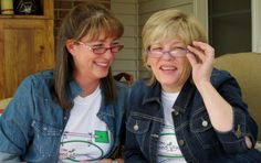 Carol Niec & Kerrie Rosenthal from the Seed Keeper Company share about the sweetness of life during the Festival of Lights on this edition of Voices from the Garden. About the Seedkeeper Company:The Seed Keeper Company came about when Carol & K...