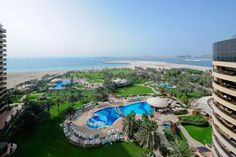 Le Royal Meridien Beach Resort - Dubai (when you bump into Judith Chalmers by the pool you know its a good hotel!)