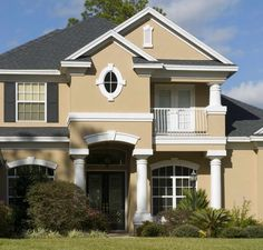 Exterior House Paint Color Ideas | Exterior Paint Color Ideas With White Column Stand
