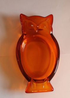 Vintage Viking Glass Orange Owl Ashtray or Candy Dish ~Nice Condition~ Free Ship Viking Glass, Pickle Jars, Indiana Glass, Fenton Glass, Candy Dishes, Vikings, Depression, Conditioner, Owl