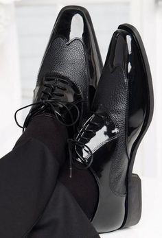 Manhattan Jean Yves Black Tuxedo Shoes  Most gentleman prefer black tuxedo shoes to accompany their formal ensemble - especially if they are wearing black tuxedo pants. Description from buy4lesstuxedo.com. I searched for this on bing.com/images