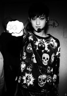 Oh my.......no words.....just observe the beauty. (Tao from Exo m) ... Uploaded with Pinterest Android app. Get it here: http://bit.ly/w38r4m