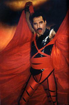 Freddie Mercury Made In Heaven 1985.