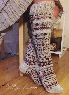 Ravelry: Sydämellisesti pattern by Pirjo Iivonen Wool Socks, Knitting Socks, Ravelry Free, Sexy Socks, Knitting Videos, Winter Wear, Leg Warmers, Mittens, Knitting Patterns