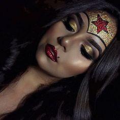Ideias de Maquiagem para o CARNAVAL - Mulher Maravilha purpurinada