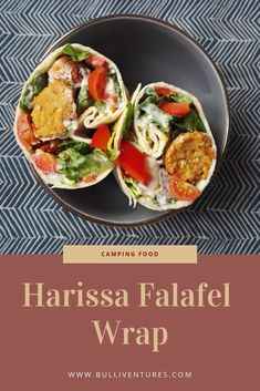 Würzige Harissa Falafel Bällchen in einem frischen Wrap mit Paprika, Tomaten und kühlem Tsatsiki. Diese Wraps sind perfekt für ein schnelles Abendessen im Bulli oder als Snack unterwegs. Schönes Sommer Rezept. Idee für Picknick oder ein frisches und gesundes Abendessen. Einfaches Rezept für selbst gemachte Falafel Bällchen. Vegetarisches Gericht mit Salat. Falafel Wrap, Harissa, Falafel Recipe, Camping Snacks, Wraps, Tacos, Vegan, Ethnic Recipes, Food