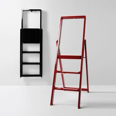 Best Step Stools and Ladders to Help You Reach New Heights — Annual Guide 2017 Kitchen Step Ladder, Kitchen Step Stool, Kitchen Stools, Step Stools, Ladder Chair, Ladder Bookcase, Ladder Decor, Wooden Pantry, Small Ladder