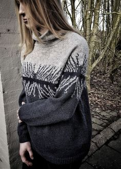 Echo mørk sweater - Sanne Fjalland designs - Sanne Fjalland