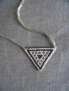 de la boutique McommeMaryna sur Etsy Navajo, Boutique, Etsy, Boho Chic, Creations, Beaded Necklace, Hoop Earrings, Vintage, Diamond