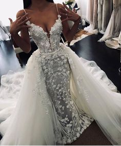 elegant wedding dress ball gown lace appliqué flowers off white wedding gowns with detachable skirt - Wedding Centerpieces White Wedding Gowns, Custom Wedding Dress, Elegant Wedding Dress, Cheap Wedding Dress, Designer Wedding Dresses, Custom Dresses, Ball Dresses, Nice Dresses, Ball Gowns