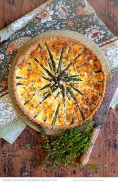 Asparagus tart made with sour cream and mature cheddar - simply irresistible! Tart Recipes, Brunch Recipes, Wine Recipes, Breakfast Recipes, Cooking Recipes, Yummy Recipes, Recipies, Vegetable Dishes, Vegetable Recipes