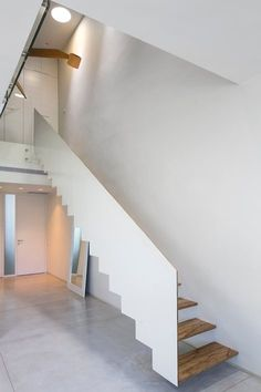 Arch Adi Wainberg Arbejazz Imenine In 2019 Stairs Interior Cantilever Stairs, Stair Handrail, Railings, Interior Staircase, Staircase Design, Stair Lift, Grill Door Design, Beautiful Stairs, Steel Stairs