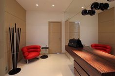 A luxury apartment in moscow, designed by Geometrix, has a very complete facilities, ranging from living room, family room, kitchen, dining room, bathroom and luxury furniture in it. Modern stylish design, seen from the construction and layout settings that follow the development of home interiors.