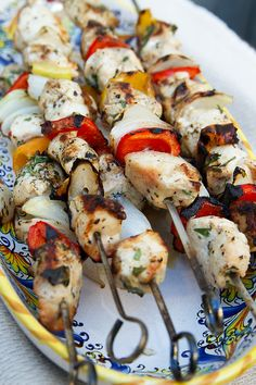 Greek Chicken Skewers with Cucumber Yogurt Sauce