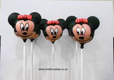 Cute Minnie Mouse cake pops