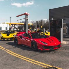 Best Luxury Cars, Ferrari 488, Self Driving, Road Runner, Fan Page, Yachts, Car Pictures, Lineup, Supercars