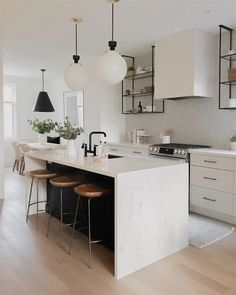 Supreme Kitchen Remodeling Choosing Your New Kitchen Countertops Ideas. Mind Blowing Kitchen Remodeling Choosing Your New Kitchen Countertops Ideas. Home Decor Kitchen, New Kitchen, Kitchen Dining, Kitchen Ideas, Kitchen Cabinets, Kitchen Modern, White Cabinets, Modern Bar, Kitchen Shelves
