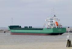 Delfzijl gespot 22 april 2015 bij terugkomst van de vandaag gehouden proefvaart op de Eems ARKLOW BREEZE  http://koopvaardij.blogspot.nl/2015/04/delfzijl-gespot.html